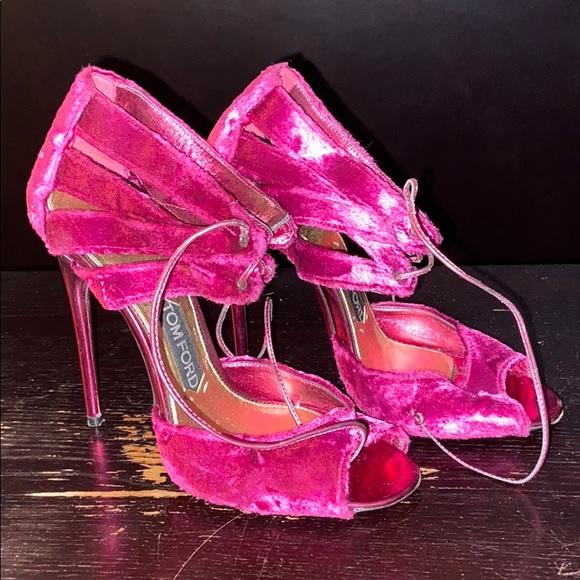 tom ford pink heels